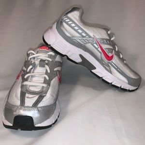 Nike Initiator 394053-101 White and Silver Running
